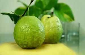 guava, fruit, diverticulitis