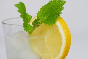 Lemon, water, mint, bad breath