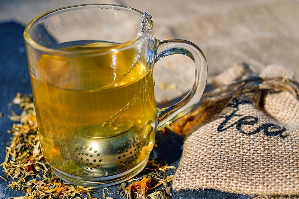 Green tea, cavities