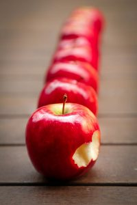 apple, fruit, acid reflux, headaches
