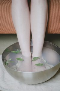 foot bath, epsom salts