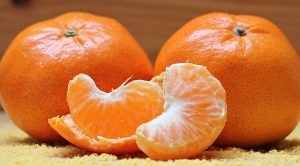 vitamin c, fruit, citrus, tangerine, joint pain