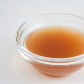 apple cider vinegar health benefits, acv, apple cider vinegar