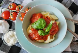 pasta, tomato sauce, basil, italian, tomato health benefits