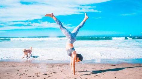 taking cinnamon, health, yoga, beach